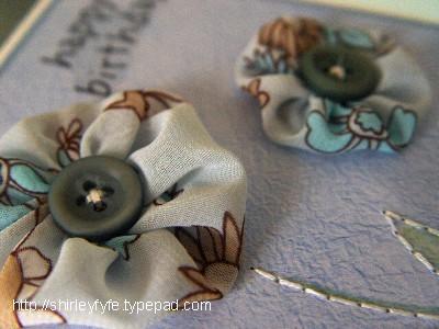 Hb_pom_pom_flowers_blog_closeup